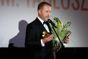 """Artur Żmijewski,nagroda za kreację w serialu filmowym """" Ojciec Mateusz"""" 4.FAF"""